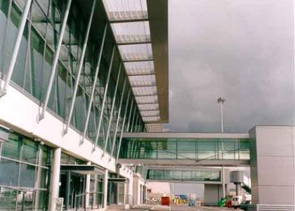 Dublin Airport Pier C And Terminal 1 Retail Street